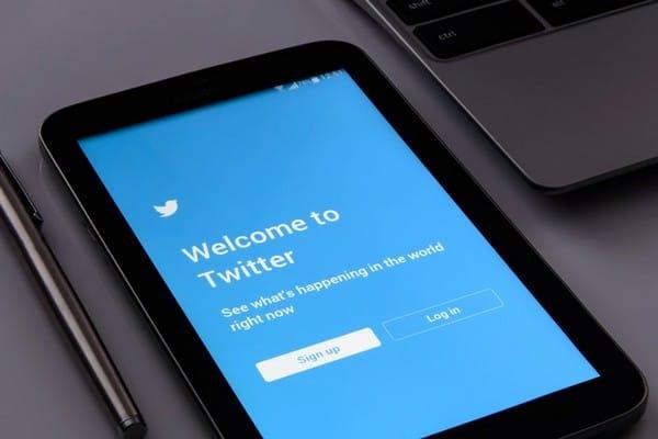 Deixe o perfil do Twitter pronto para a temporada de festas