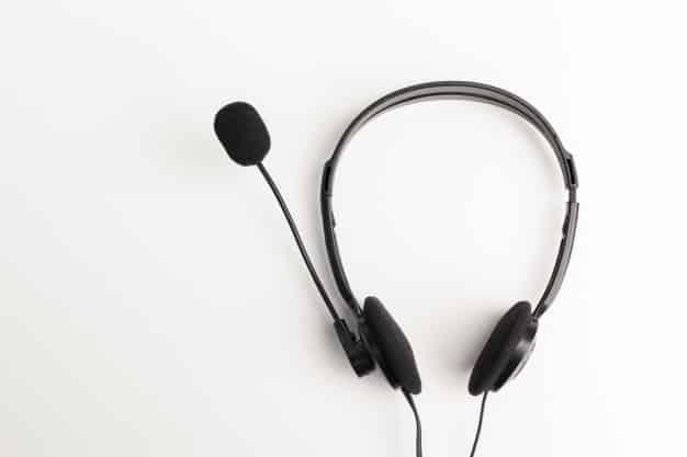 É o tipo de conteúdo que as pessoas ouvem no dia-a-dia, normalmente em conjunto com outras atividades