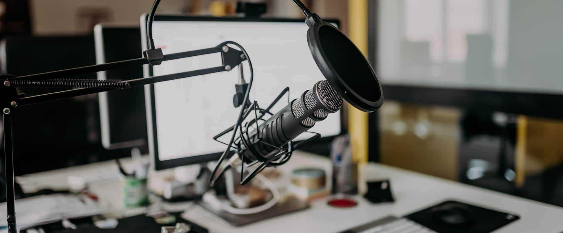 Compre os equipamentos certos para gravar um podcast